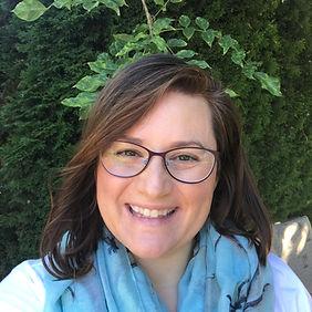 Dr. Lara Thompson