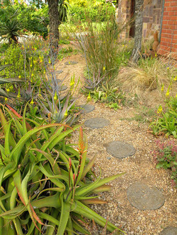 Gravel and stepping stone entrance p