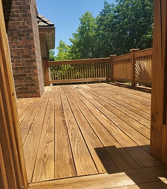 leawood-huge-fence-sealoncekc-2.jpg
