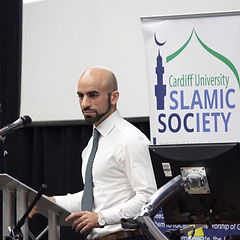 A photo of Ahmed Hankir speaking at Cardiff University's Islamic Society