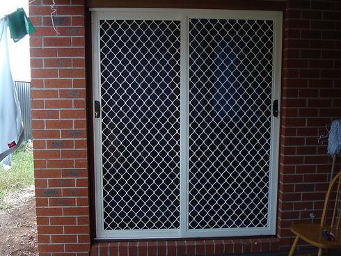 diamond grille doors