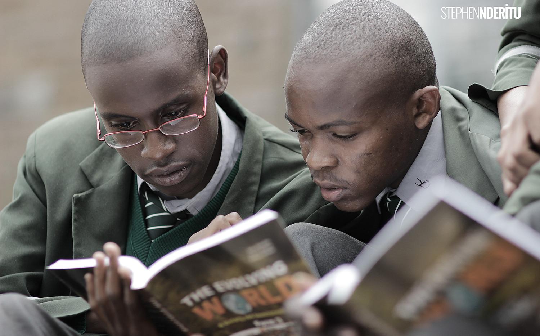 OXFORT BOOKS READING.jpg
