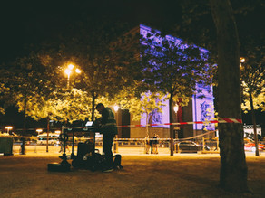 Prise de vue drone à Paris, de nuit et à l'Arc de Triomphe !
