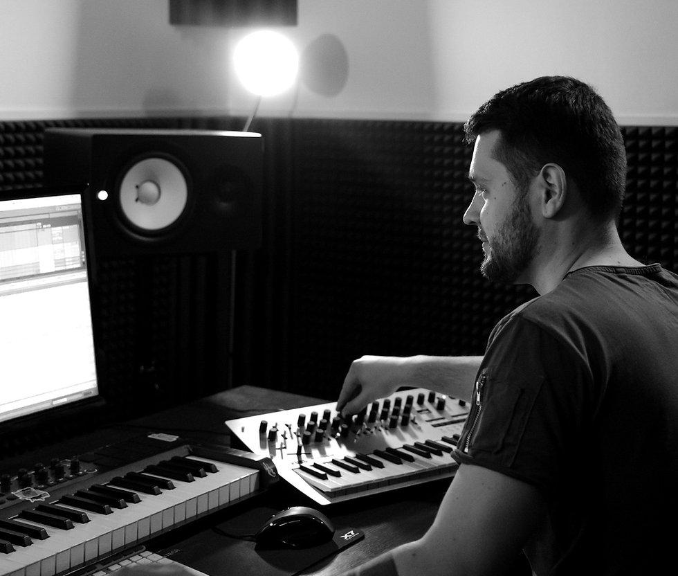 Binary Sound produce - Mark Helder