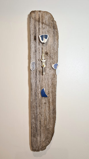 Single Piece Driftwood Clock