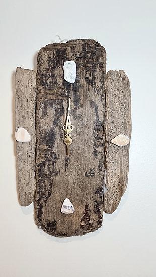 Patterned Sea China Driftwood Clock