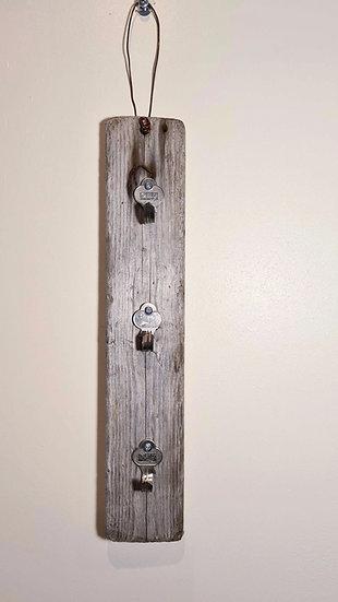 3 Key Driftwood Keyholder