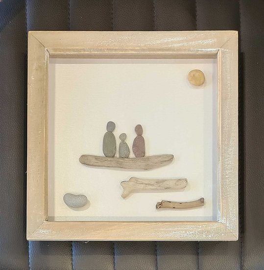 Family with 1 child Pebble Picture