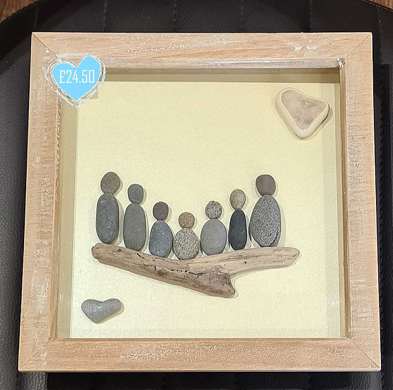Family with 5 Children - Pebble Art Picture