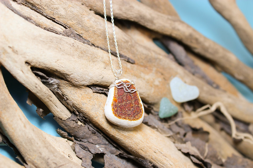 Rusty Brown Sea China Silver Necklace