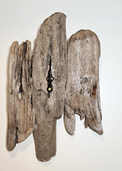Unusual Shaped Driftwood Clock