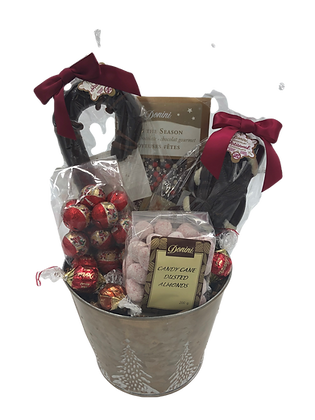 Round Tree Holiday Basket