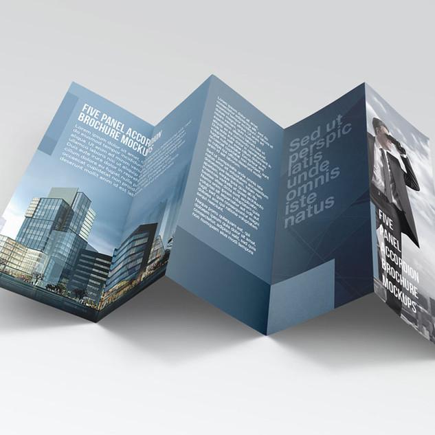 free-5-panel-flyer-brochure-mockup-psd-1