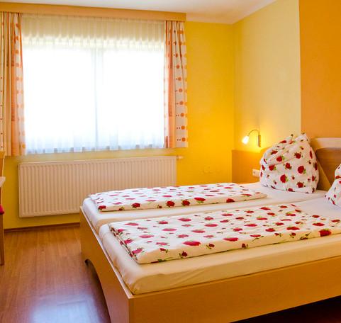 Familienzimmer Gasthaus Geigenbauer 2