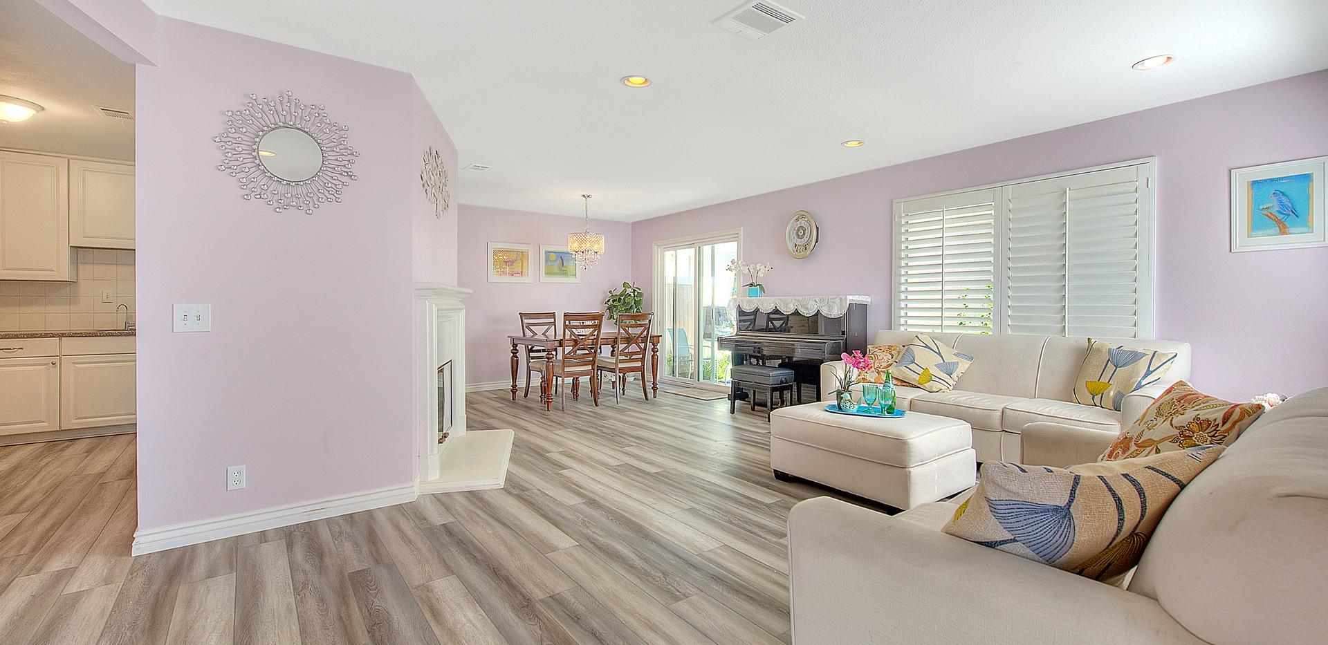 Living Room (1 of 9).jpg