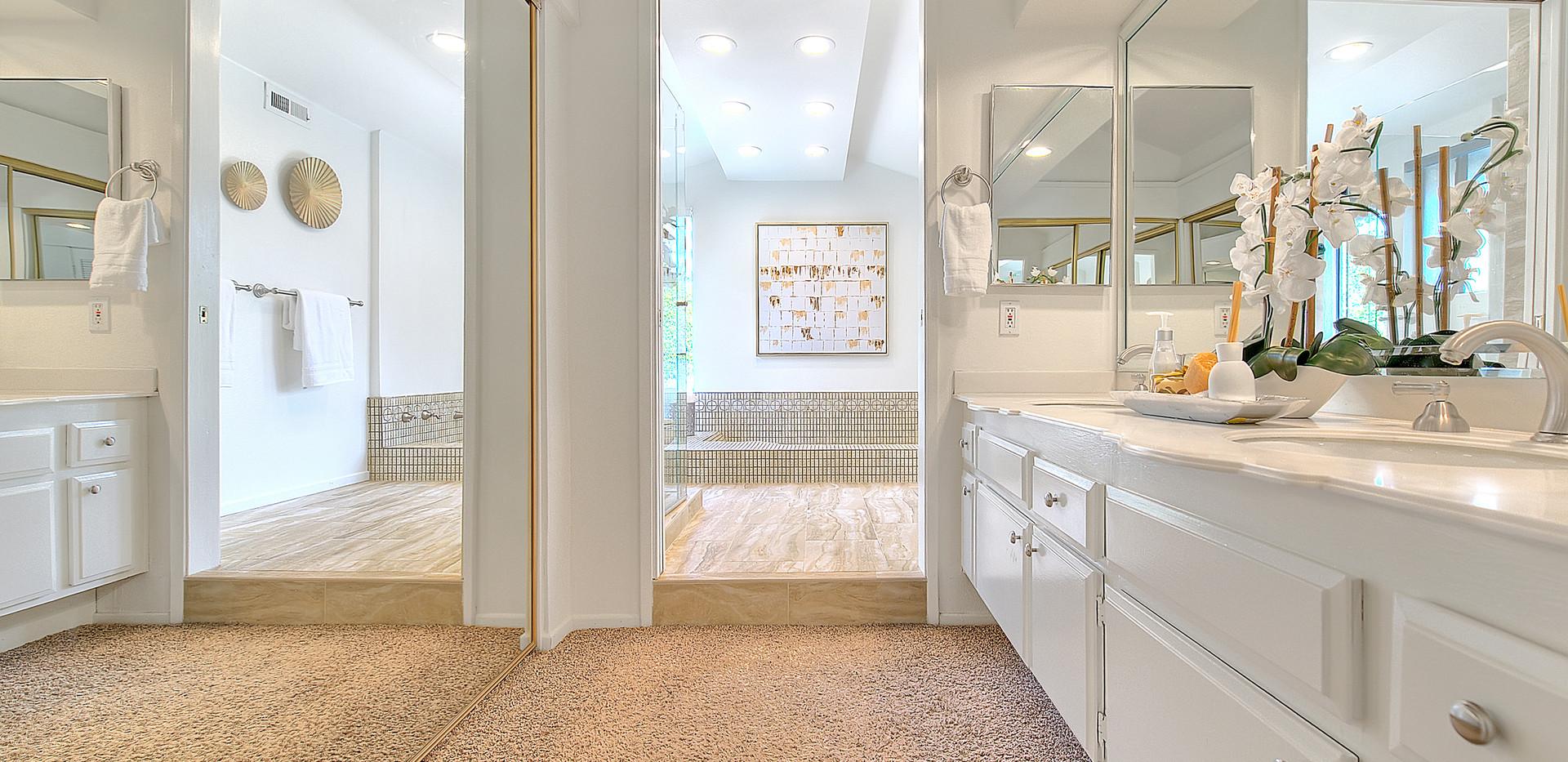 Master Bathroom (1 of 8).jpg