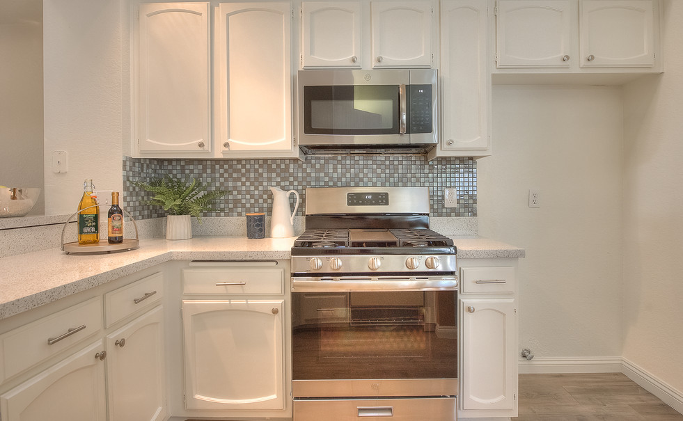 Kitchen (2 of 10).jpg