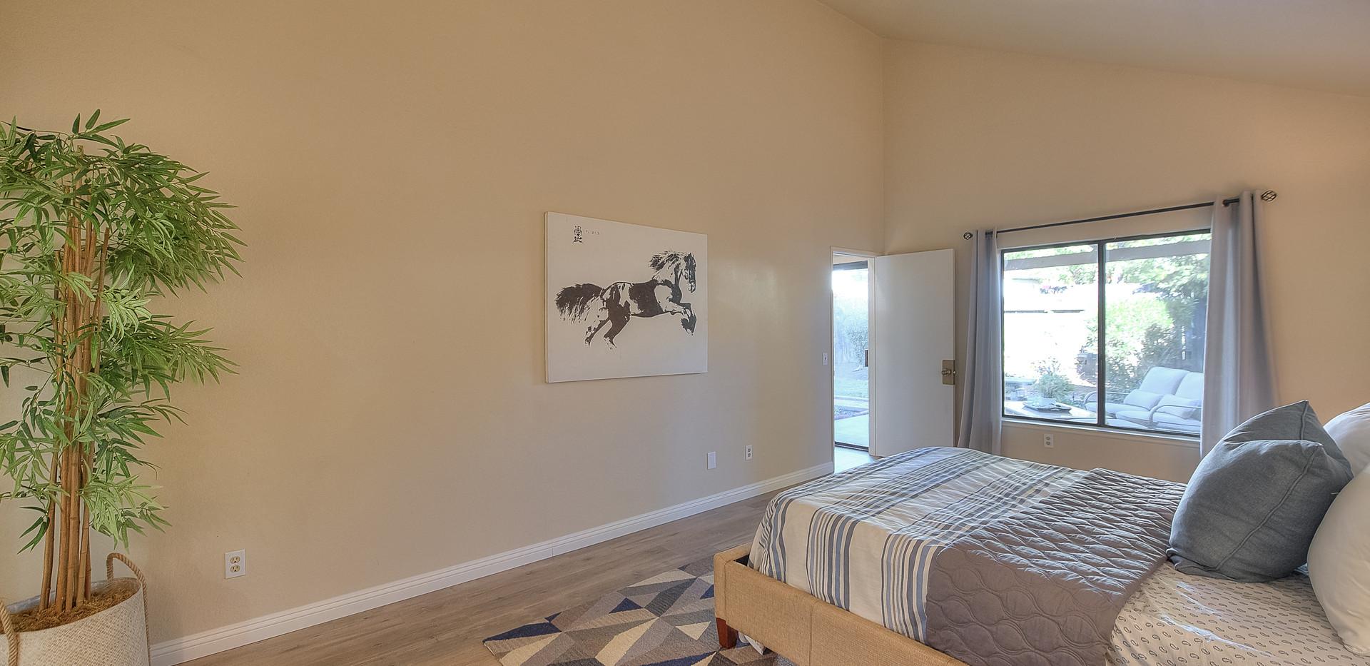 Master Bedroom (4 of 5).jpg