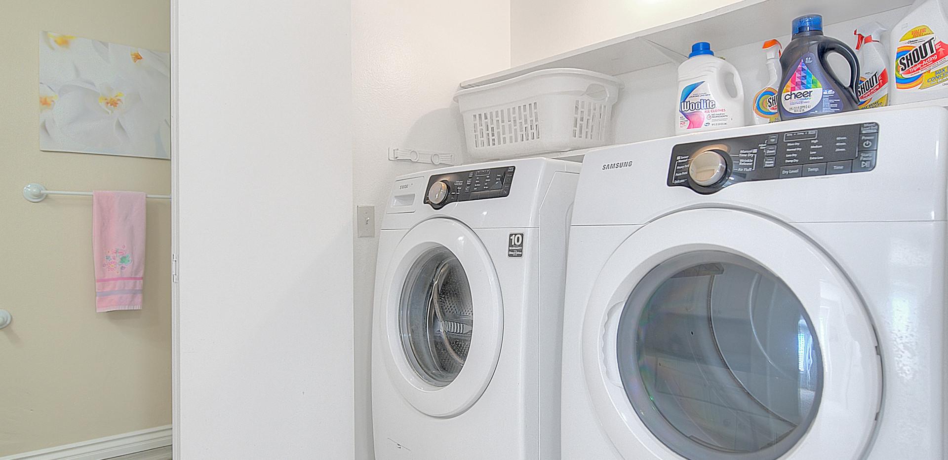 Laundry Nook (3 of 3).jpg