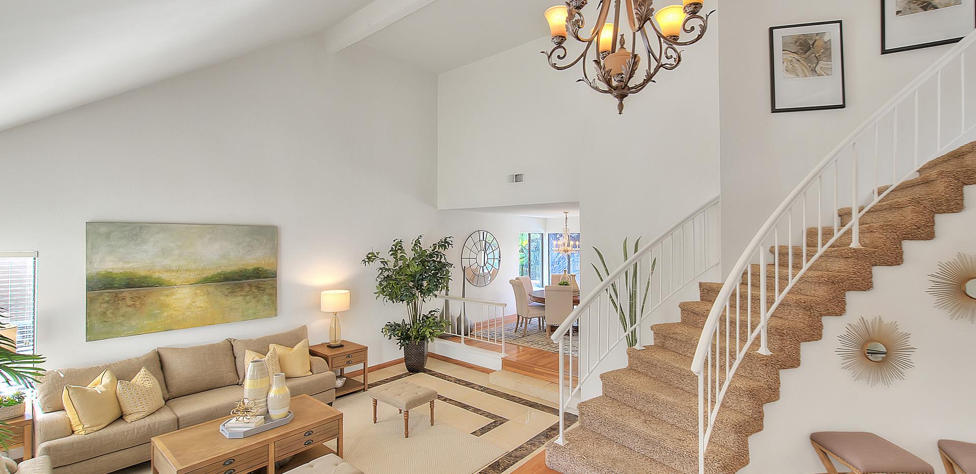 Living Room (7 of 7).jpg