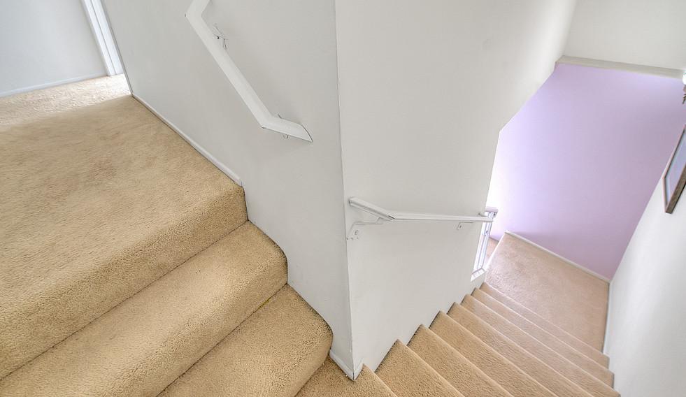 Staircase (3 of 4).jpg
