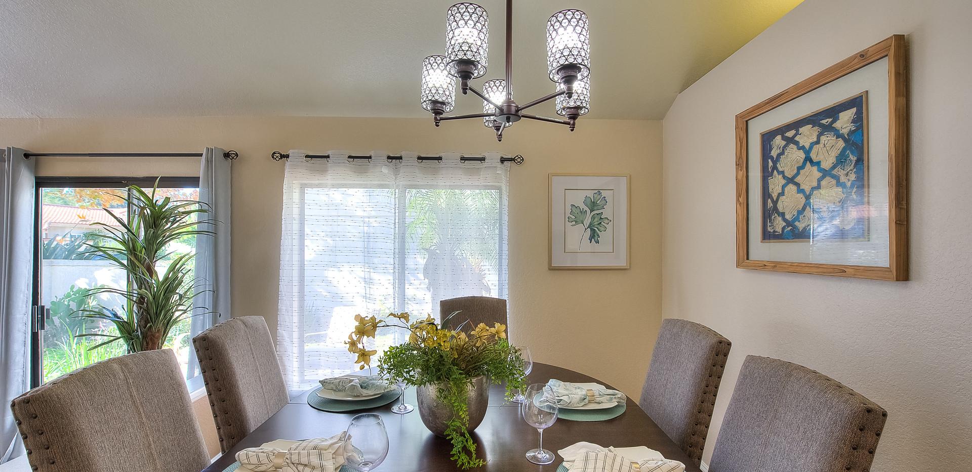 Dining Room (2 of 5).jpg