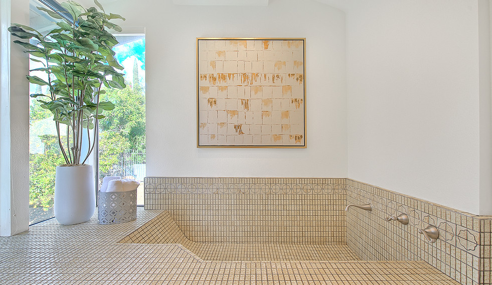 Master Bathroom (6 of 8).jpg