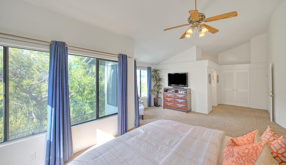 Master Bedroom (6 of 7).jpg