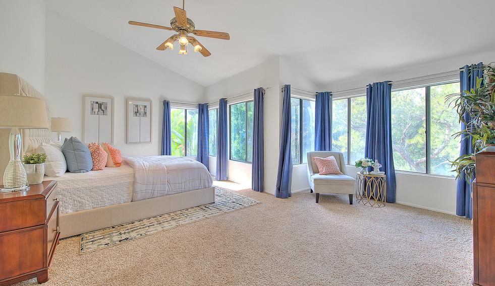Master Bedroom (1 of 7).jpg
