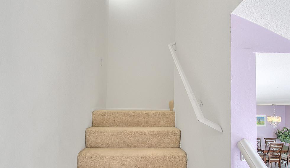 Staircase (2 of 4).jpg