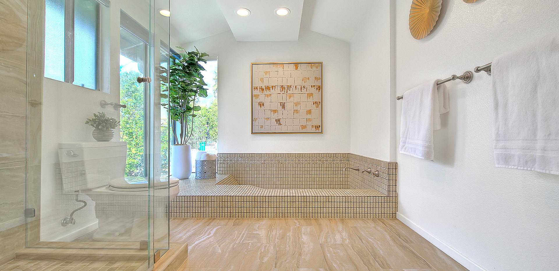 Master Bathroom (5 of 8).jpg