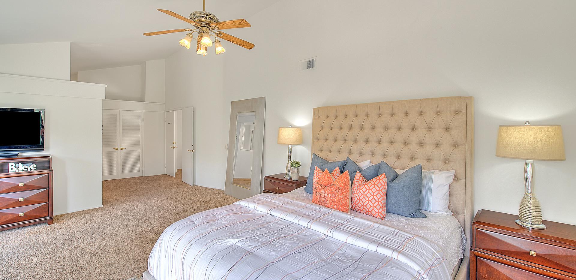 Master Bedroom (5 of 7).jpg