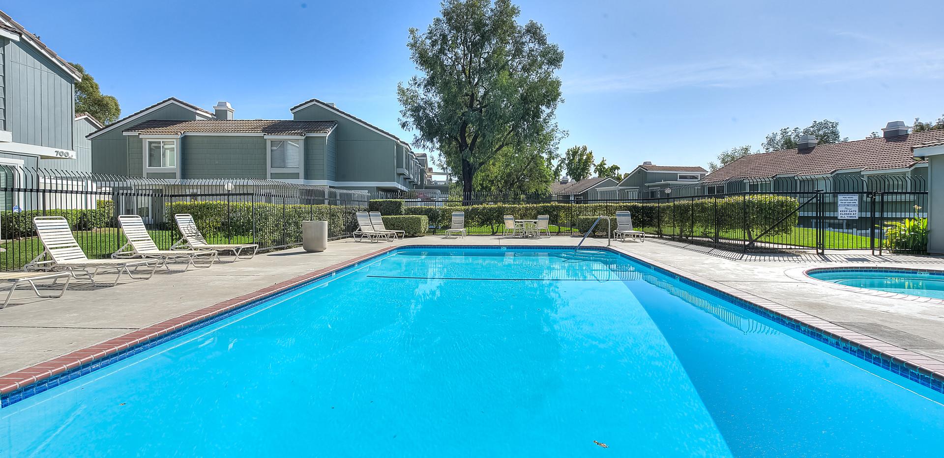 Swimming Pool (4).jpg
