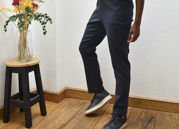 Pantalon bleu à pois