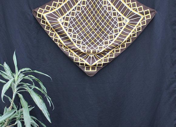 Foulard motif à carreaux