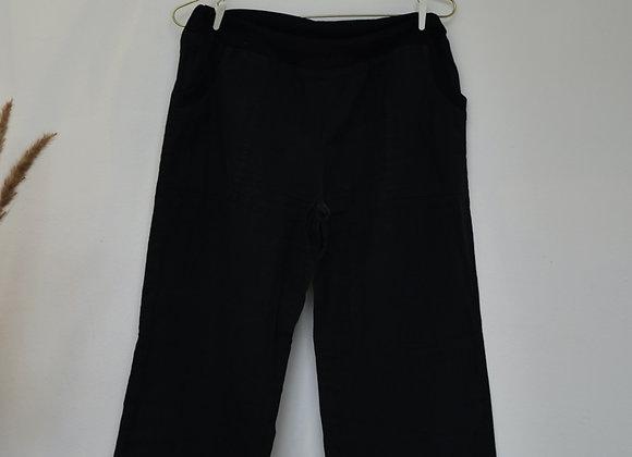 Pantalon noir à poches visibles