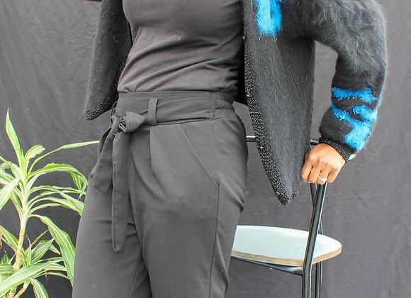 Cardigan noir à motif bleu