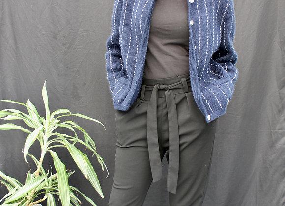 Gilet bleu marine et ligne blanche