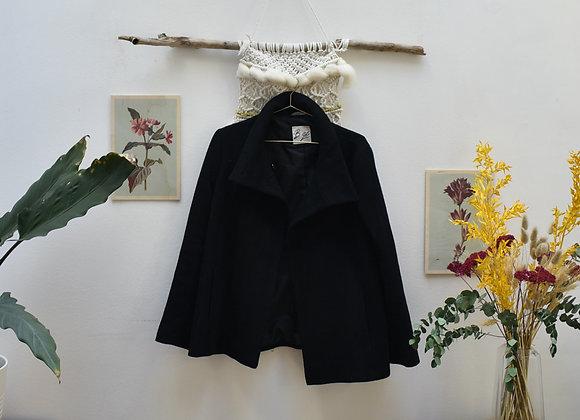 Manteau noir B. Gé