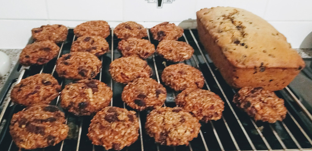 Tealoaf and Carrot Cake Cookies