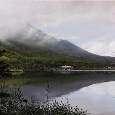 早朝の女神湖