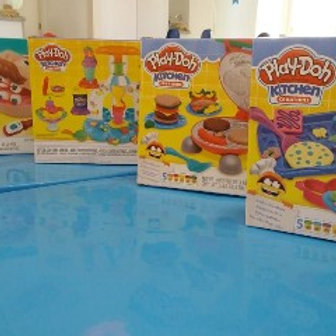 Massa de Modelar Play Doh (1 Kit com massinha)