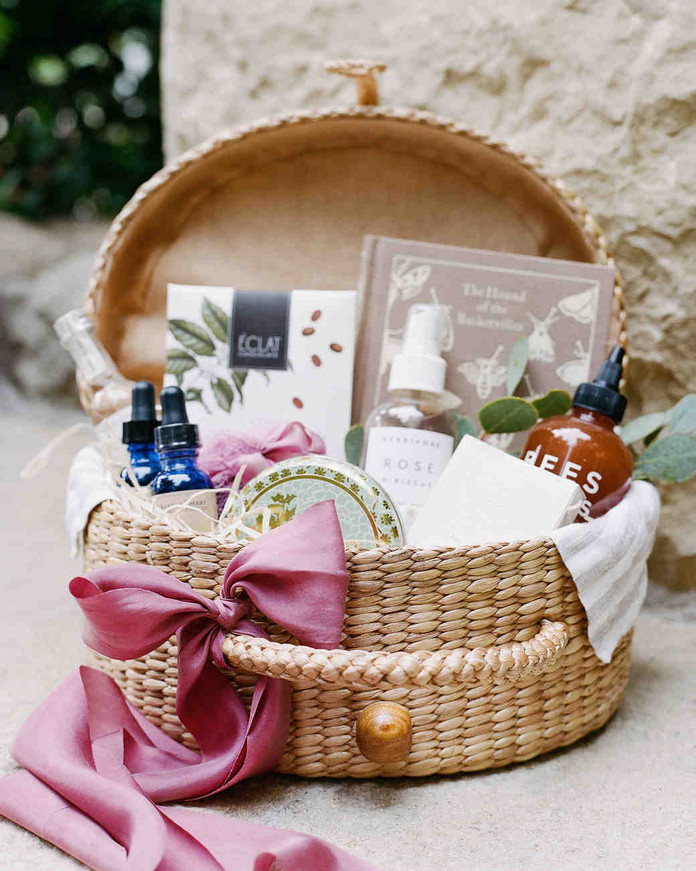 Get Inspired: How to Create Your Own Wedding Welcome & Bridal Party Basket