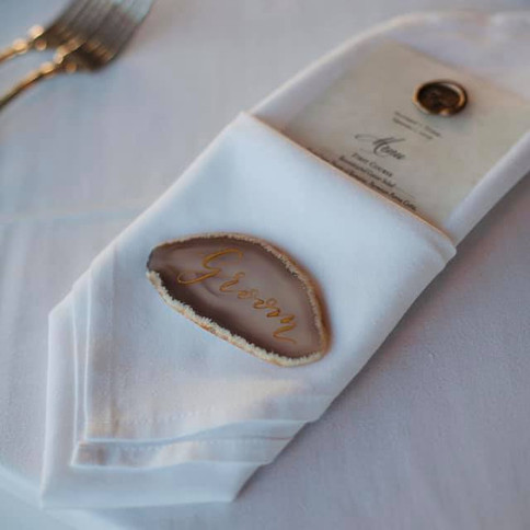 Agate Calligraphy Place Settings