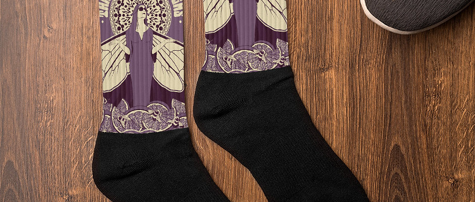 Three Feathers Socks