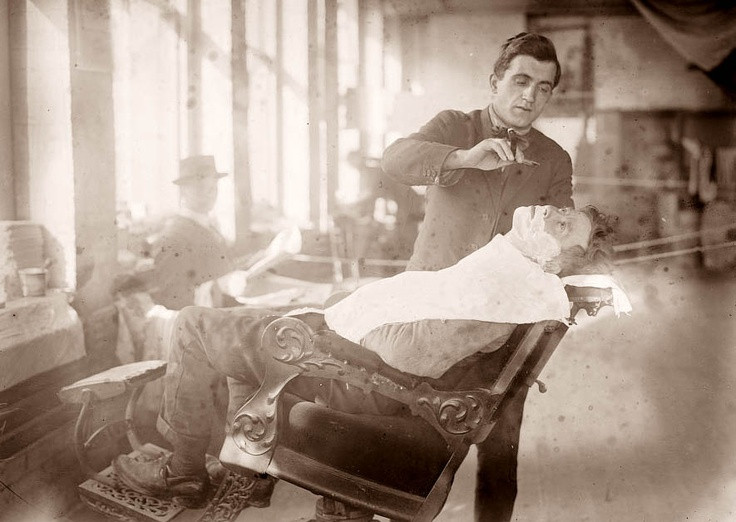 Old West Barber Straight Shaving