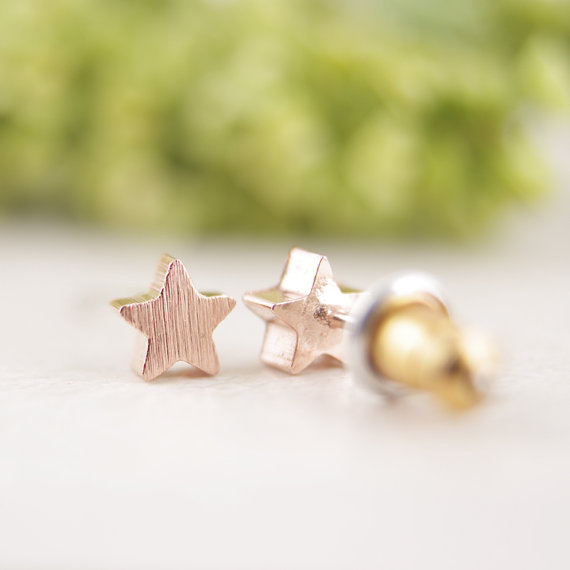 rose gold star earrings