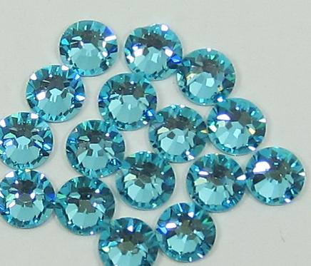 Extra Quality High Shine Crystals Turquoise 1700 pcs 6 sizes . Se