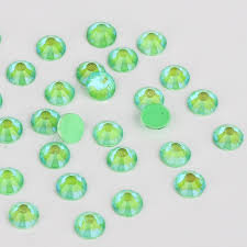 Extra Quality High Shine Neon Crystals Lt Green   1728 pc 6 sizes