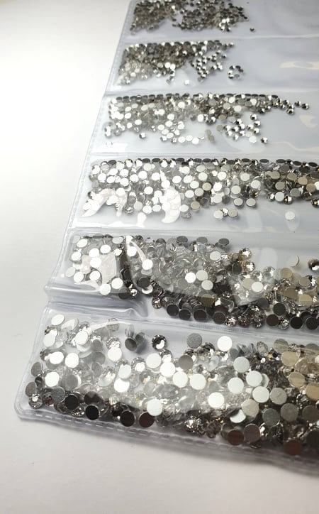 High Quality Crystals , Pack of 6 sizes 1700 pc in total
